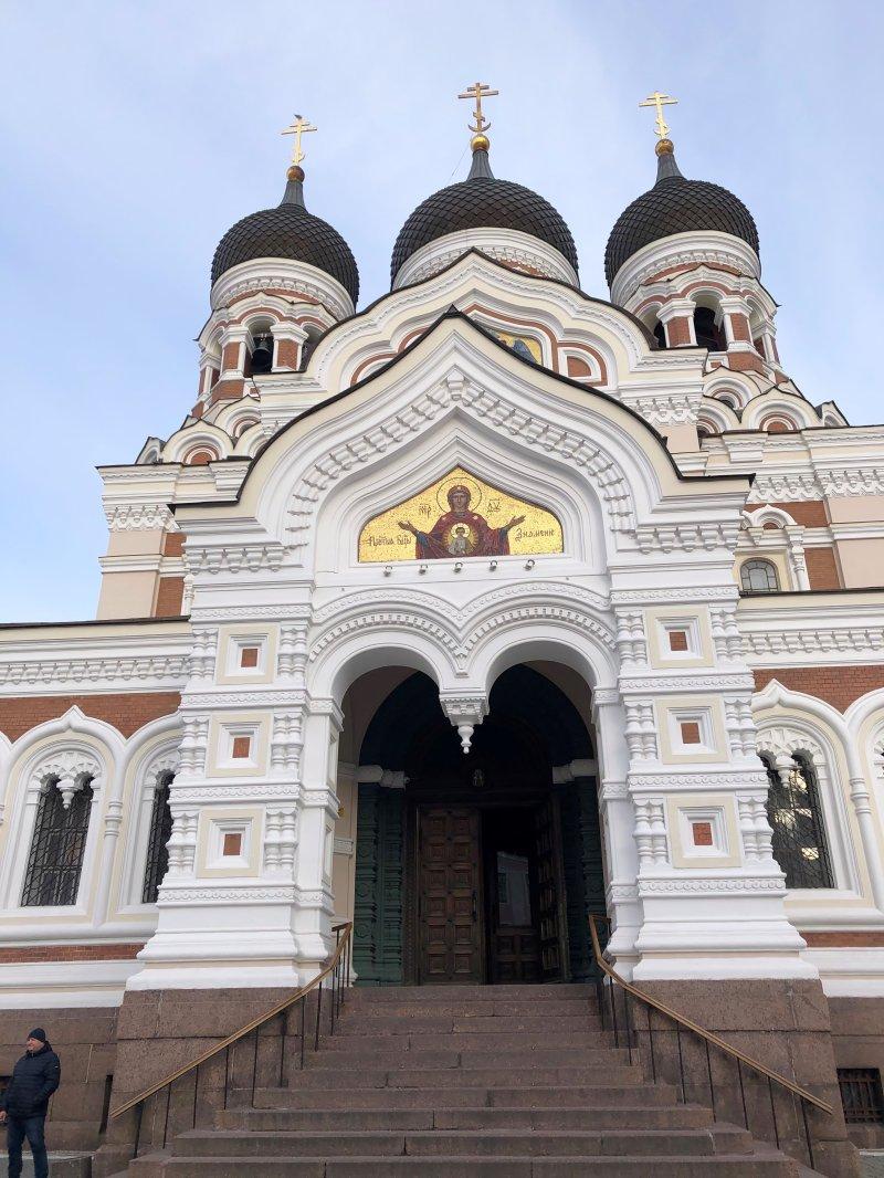 Gamlebyen i Tallinn er full av vakre bygg