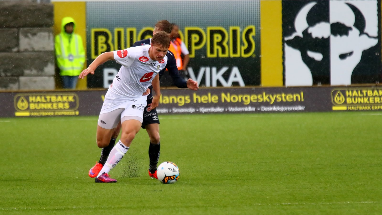 Sterk som ein bjørn! Ulrik Fredriksen har imponert. Her mot Kristiansund.